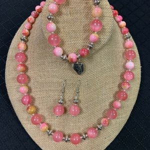 Pretty in Pink Necklace, bracelet and earrings set